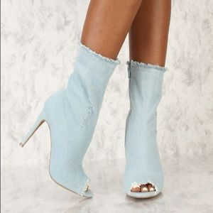 Shoes - $25 1 day sale! light denim distressed booties